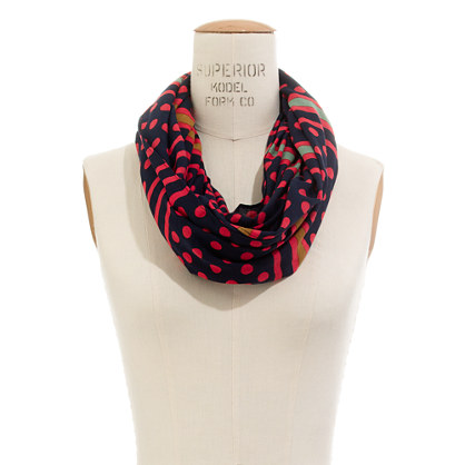 Dotline Circle Scarf
