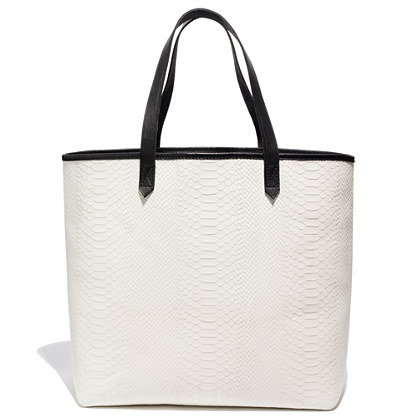 The Transport Tote in Snakeprint