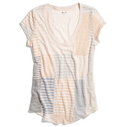 Linen V-Neck Tee in Line Lover