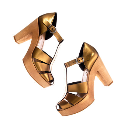 The Metallic High Road Sandal
