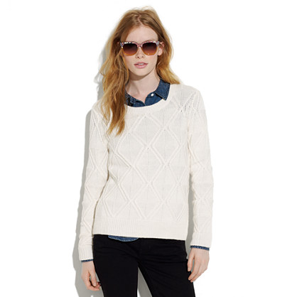 Cablecross sweater